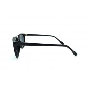 Rectangular polarized sunglasses with metal bridge detail