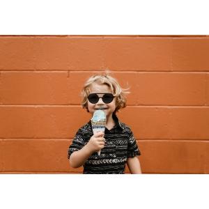 Gafas de sol de niños redondas polarizadas con doble puente y patillas intercambiables