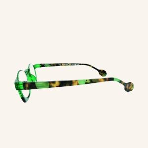 Half round half square magnifying glasses