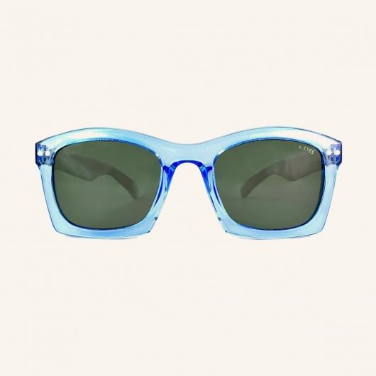 Wide polarized sunglasses with rectangular edges